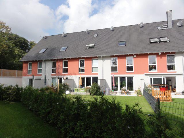 Acht Einfamilien-Reihenhäuser, Lorsbacher Straße, 65719 Hofheim