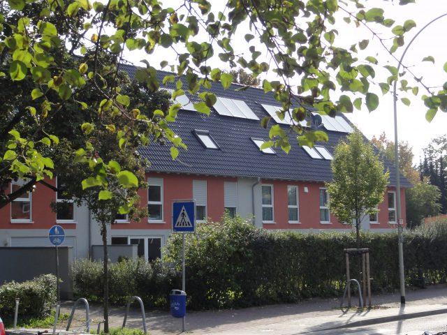 Sechs Einfamilien-Reihenhäuser, Gartenbad, 60386 Frankfurt